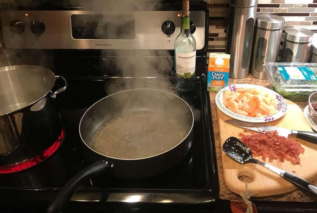 deglaze pan