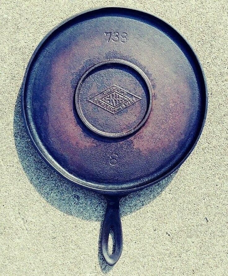 griswold cast iron markings