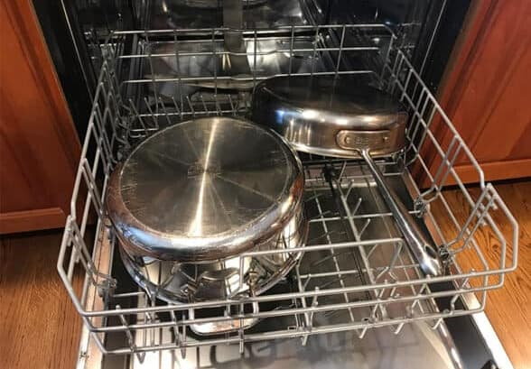 how to clean frying pan bottoms
