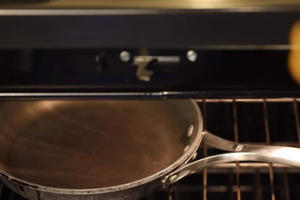 how to season a nonstick skillet