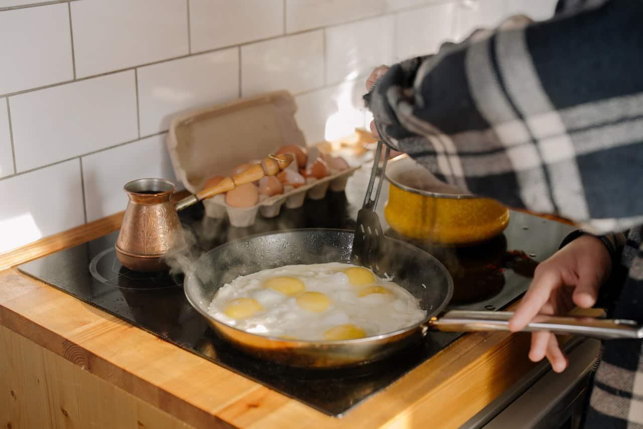 nonstick omelet pan