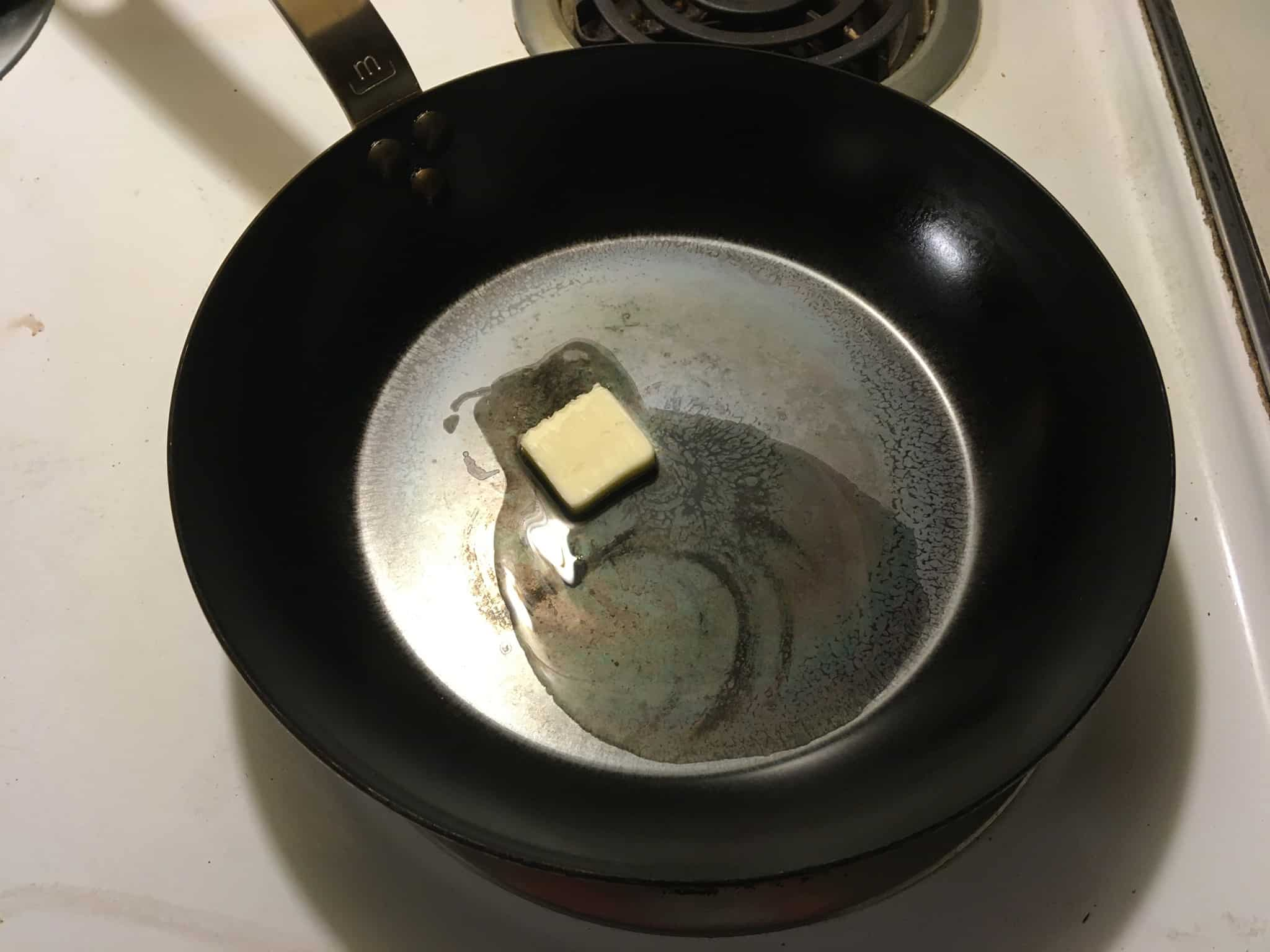 seasoning carbon steel pan