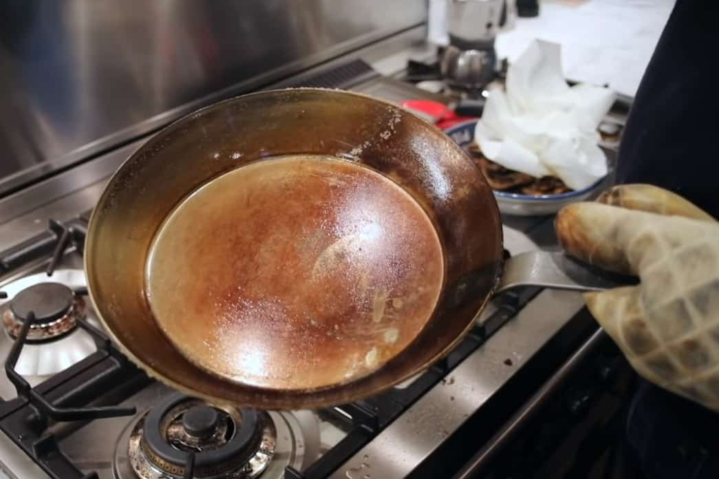 matfer bourgeat black steel seasoning