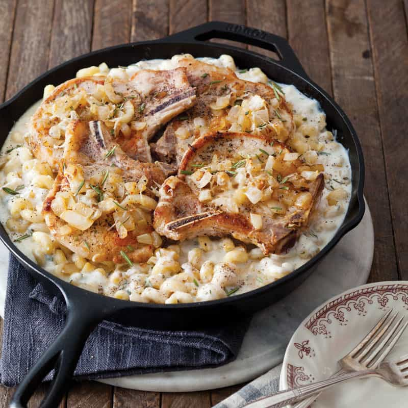 Pork Chops with Macaroni & Cheese