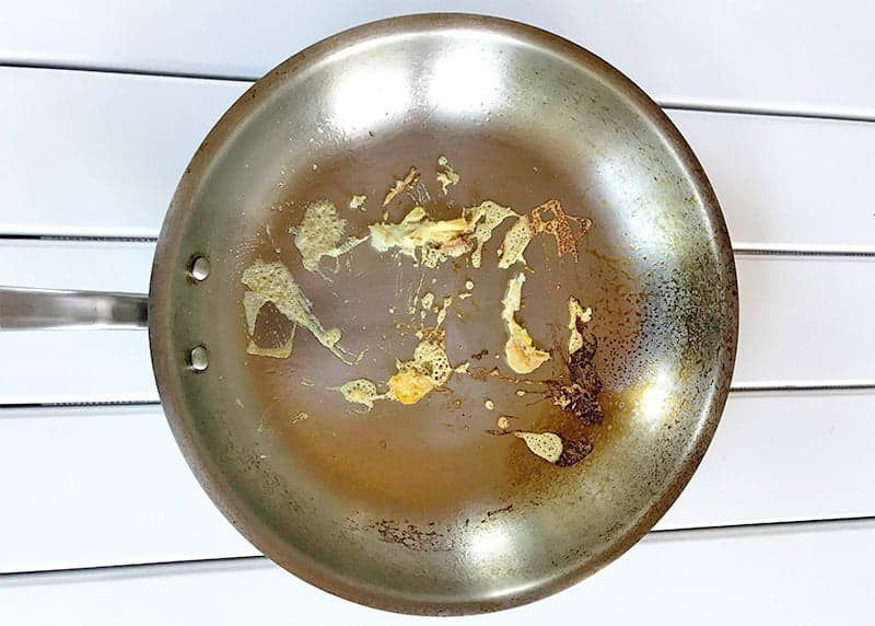 Stainless steel pans are sticky