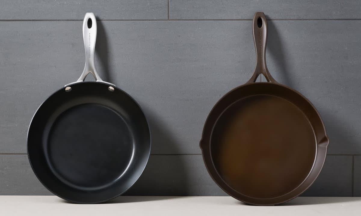 carbon steel pan vs cast iron