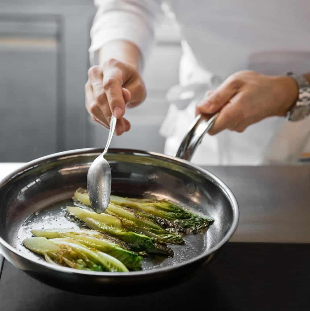 stainless steel cookware versus nonstick