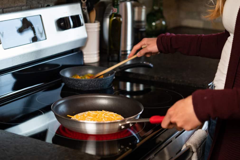 stainless steel cookware vs.nonstick cookware