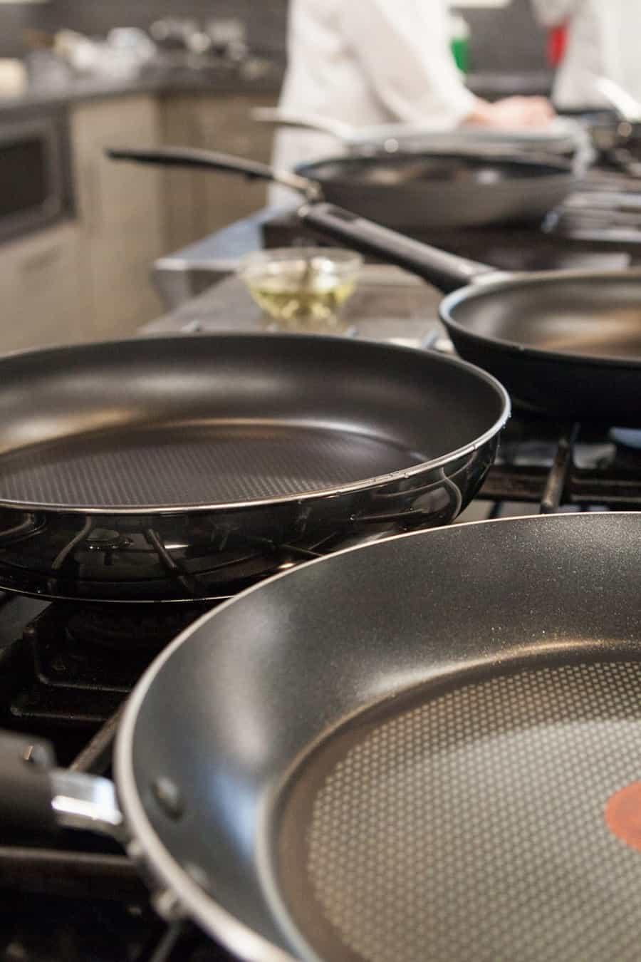 stainless steel pan vs nonstick