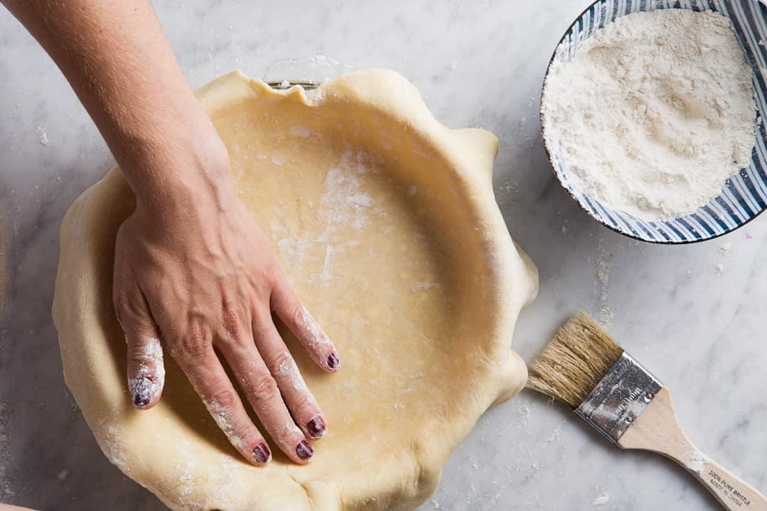 pecan pie sticks to pan